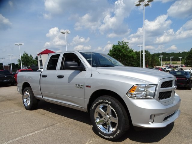 2018 Ram 1500 Quad Cab 4x2,  Pickup #ND7653 - photo 4