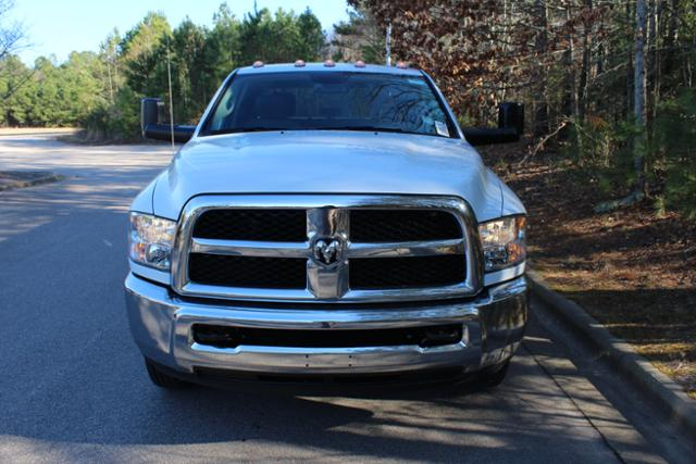 2018 Ram 3500 Crew Cab DRW 4x4, Knapheide Service Body #ND7657 - photo 10