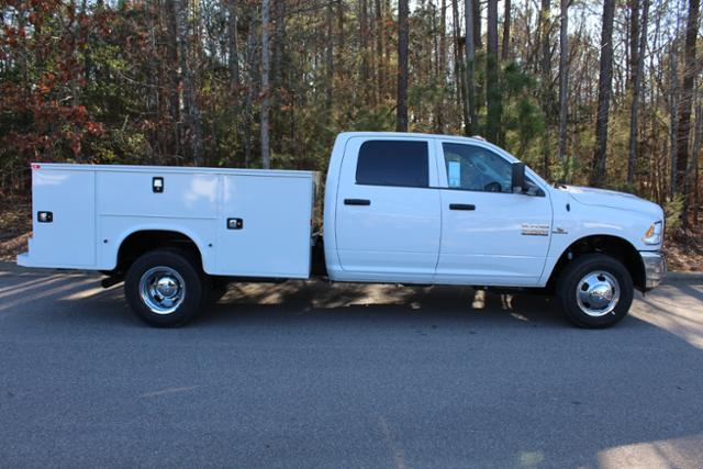 2018 Ram 3500 Crew Cab DRW 4x4, Knapheide Service Body #ND7657 - photo 8