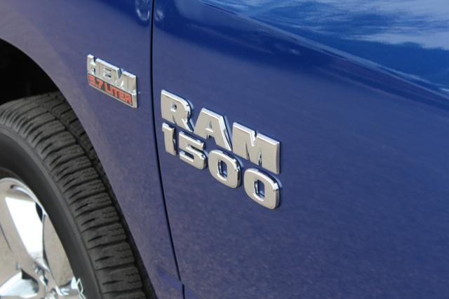 2018 Ram 1500 Crew Cab 4x4, Pickup #ND7827 - photo 6