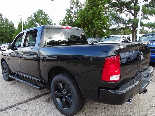 2018 Ram 1500 Crew Cab 4x2,  Pickup #ND7986 - photo 3