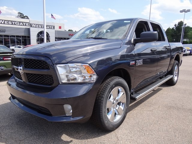 2018 Ram 1500 Crew Cab 4x4,  Pickup #ND7997 - photo 3