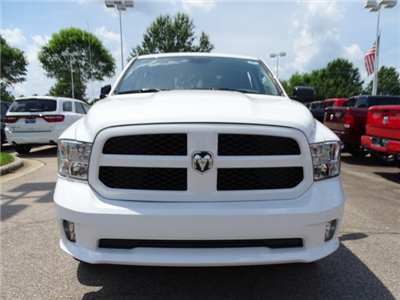 2018 Ram 1500 Crew Cab 4x4,  Pickup #ND8012 - photo 4