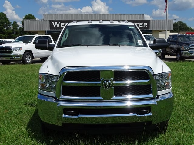 2018 Ram 3500 Crew Cab DRW 4x4,  Pickup #ND8217 - photo 3