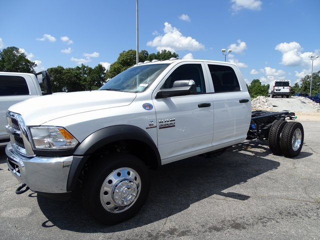 2018 Ram 5500 Crew Cab DRW 4x4,  Cab Chassis #ND8292 - photo 12