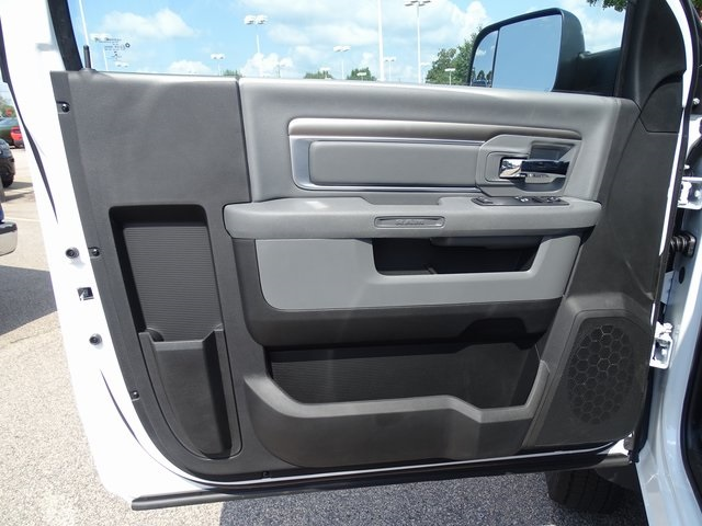 2018 Ram 4500 Regular Cab DRW 4x2,  Cab Chassis #ND8335 - photo 9