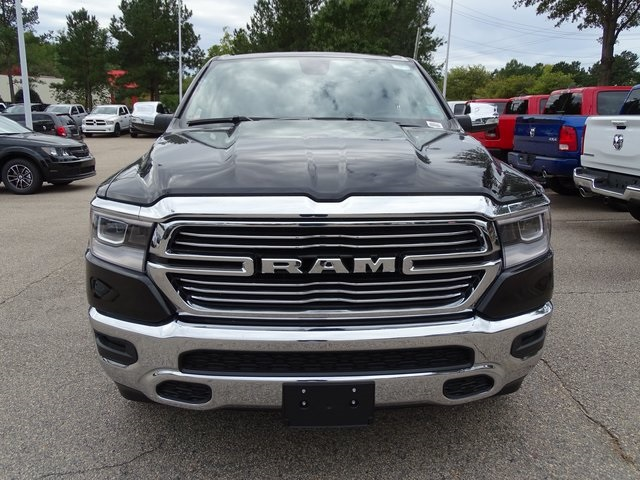 2019 Ram 1500 Crew Cab 4x4,  Pickup #ND8418 - photo 3