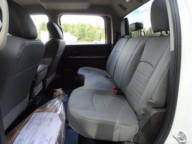 2018 Ram 4500 Crew Cab DRW 4x2,  Cab Chassis #ND8433 - photo 5