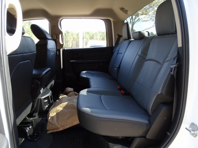 2019 Ram 3500 Crew Cab 4x4, Cab Chassis #ND9010 - photo 6