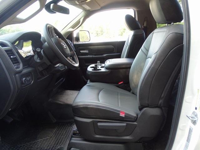 2019 Ram 5500 Regular Cab DRW 4x4, Cab Chassis #ND9327 - photo 6
