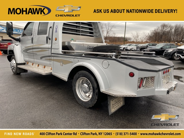 2008 GMC C4500 Crew Cab 4x2, Hauler Body #T210168A - photo 1