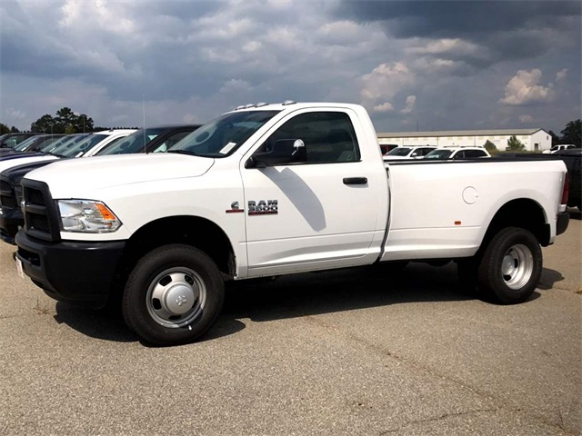 2017 Ram 3500 Regular Cab DRW 4x4 Pickup #2171244 - photo 11