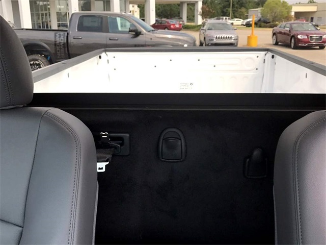 2017 Ram 3500 Regular Cab DRW 4x4 Pickup #2171244 - photo 22