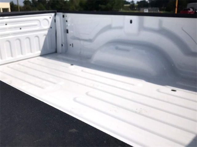2018 Ram 3500 Regular Cab DRW Pickup #218042 - photo 26
