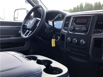 2018 Ram 3500 Regular Cab DRW Pickup #218042 - photo 7