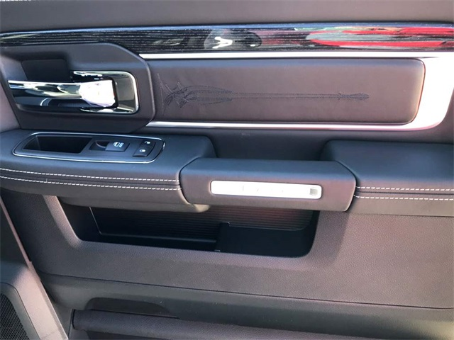 2018 Ram 1500 Crew Cab Pickup #218095 - photo 17