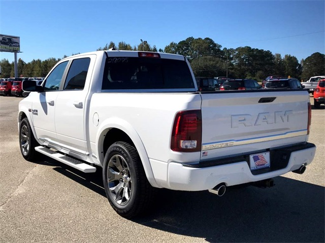 2018 Ram 1500 Crew Cab Pickup #218095 - photo 2