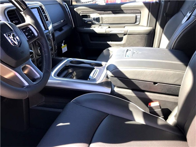 2018 Ram 1500 Crew Cab Pickup #218095 - photo 19
