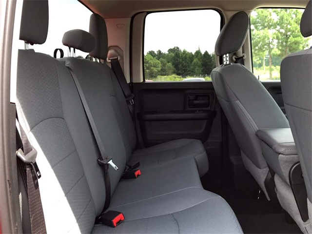 2018 Ram 1500 Quad Cab 4x2,  Pickup #2181118 - photo 10