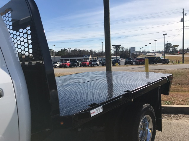 2018 Ram 3500 Crew Cab DRW 4x2,  Platform Body #2181443 - photo 25