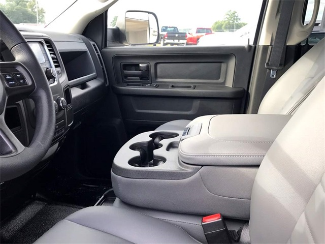 2018 Ram 3500 Crew Cab DRW 4x2,  Knapheide Platform Body #2181453 - photo 19