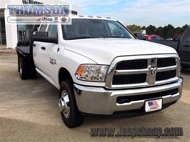 2018 Ram 3500 Crew Cab DRW 4x2,  Knapheide Platform Body #2181453 - photo 4