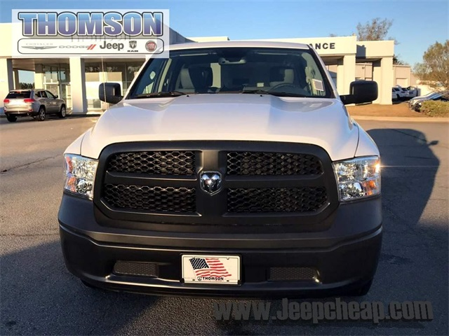 2018 Ram 1500 Crew Cab 4x4, Pickup #218251 - photo 3
