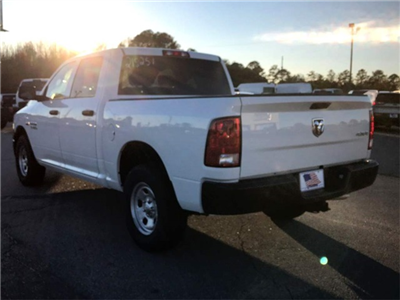 2018 Ram 1500 Crew Cab 4x4, Pickup #218251 - photo 2