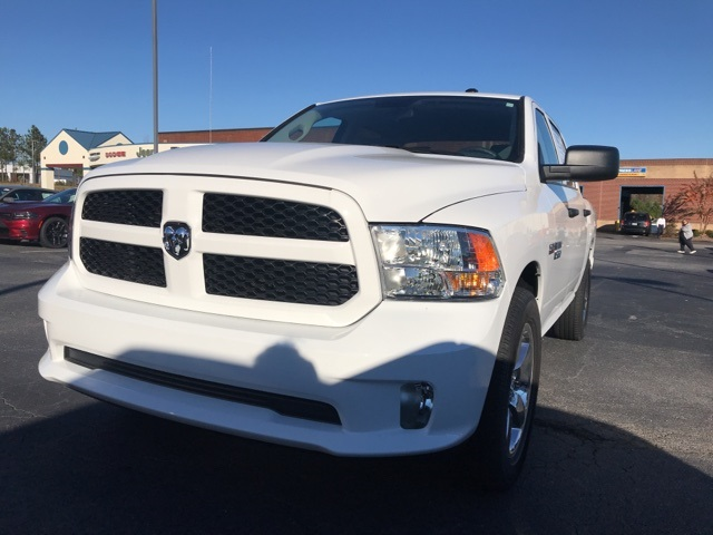 2018 Ram 1500 Crew Cab 4x2,  Pickup #218695 - photo 1