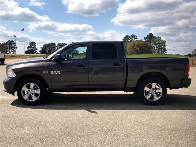 2018 Ram 1500 Crew Cab 4x2,  Pickup #218696 - photo 11