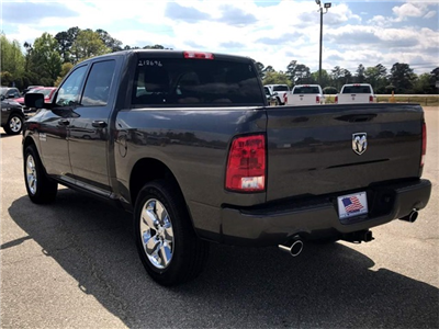 2018 Ram 1500 Crew Cab 4x2,  Pickup #218696 - photo 2