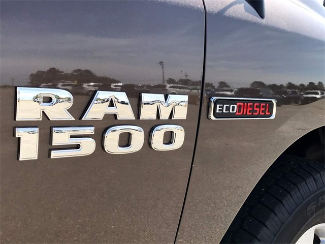 2018 Ram 1500 Quad Cab 4x2,  Pickup #218755 - photo 28