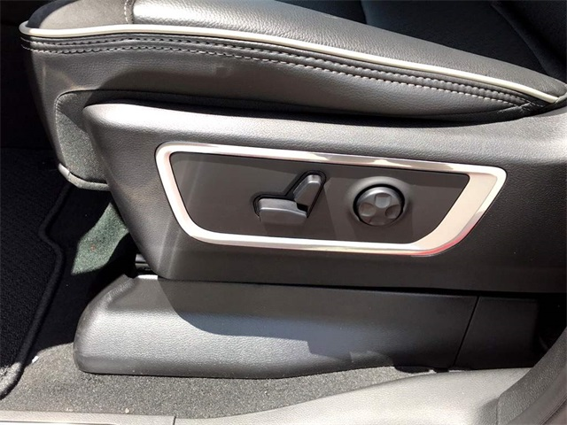 2019 Ram 1500 Crew Cab 4x2,  Pickup #219054 - photo 12