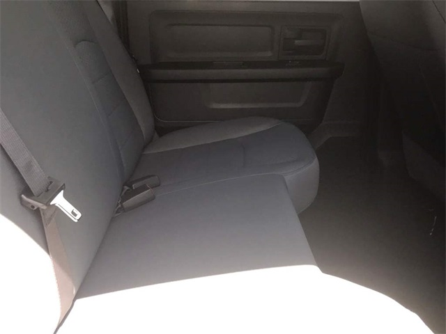 2019 Ram 1500 Crew Cab 4x2,  Pickup #219106 - photo 10