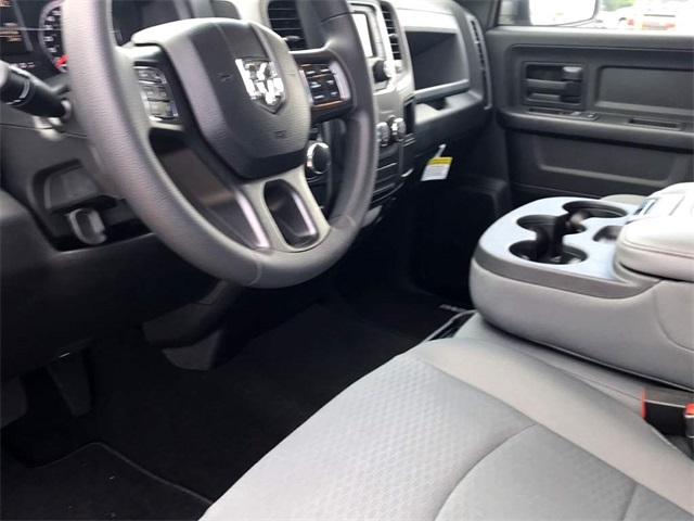 2019 Ram 1500 Crew Cab 4x2,  Pickup #219108 - photo 5