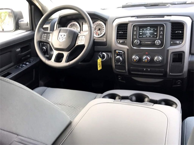 2019 Ram 1500 Crew Cab 4x2,  Pickup #219113 - photo 7
