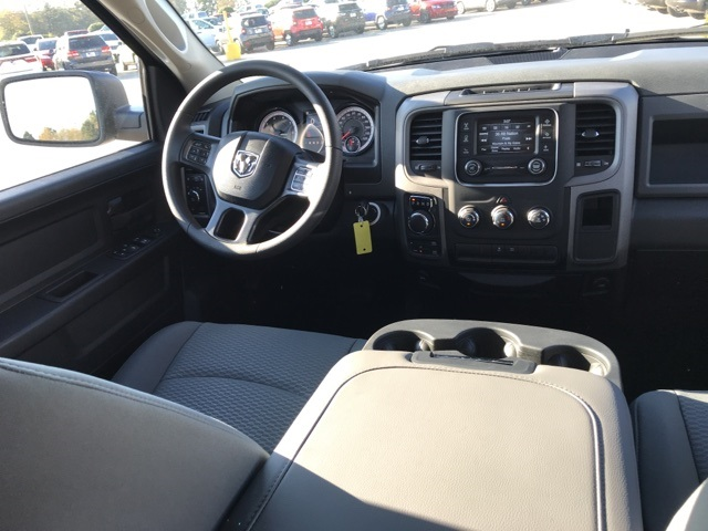 2019 Ram 1500 Crew Cab 4x4,  Pickup #219192 - photo 19