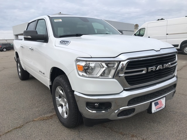 2019 Ram 1500 Crew Cab 4x2,  Pickup #219208 - photo 4