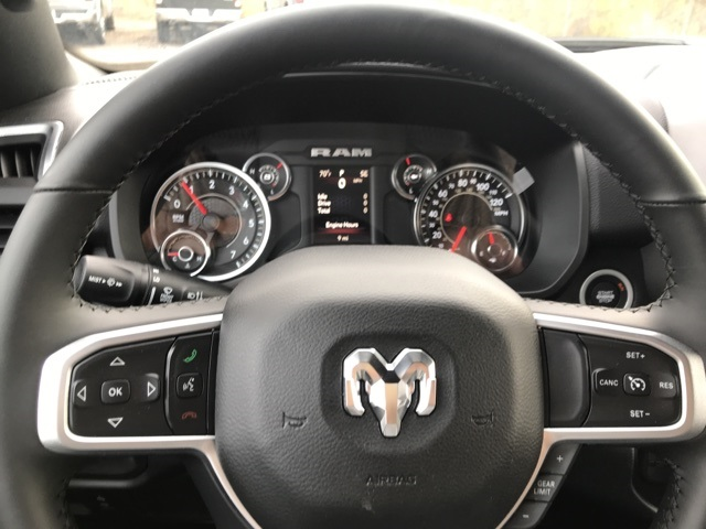 2019 Ram 1500 Crew Cab 4x2,  Pickup #219208 - photo 5