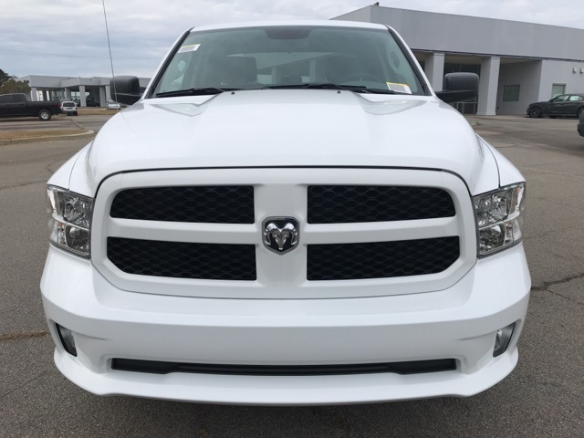 2019 Ram 1500 Crew Cab 4x2,  Pickup #219345 - photo 3