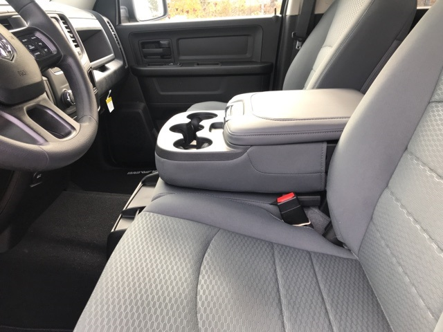 2019 Ram 1500 Crew Cab 4x4,  Pickup #219348 - photo 16