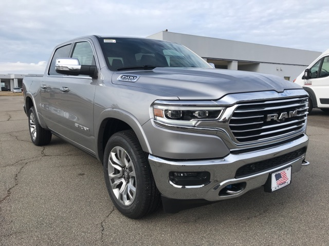 2019 Ram 1500 Crew Cab 4x2,  Pickup #219360 - photo 4