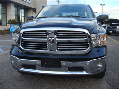 2017 Ram 1500 Crew Cab 4x4, Pickup #D17722 - photo 24