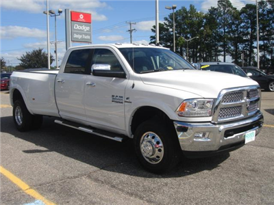 2018 Ram 3500 Crew Cab DRW 4x4, Pickup #D18018 - photo 11