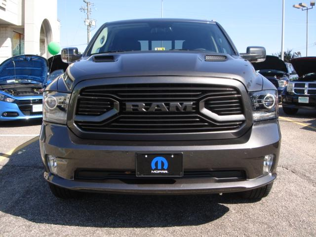 2018 Ram 1500 Crew Cab 4x4 Pickup #D18024 - photo 22