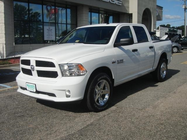 2018 Ram 1500 Crew Cab 4x4,  Pickup #D18037 - photo 7