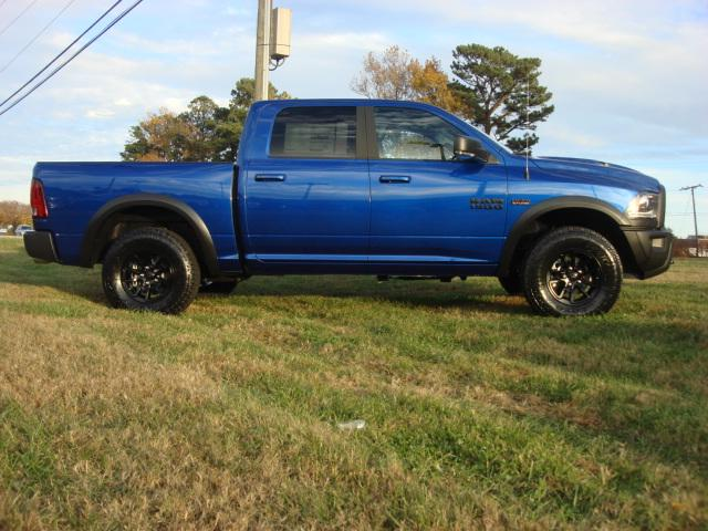 2018 Ram 1500 Crew Cab 4x4, Pickup #D18110 - photo 25