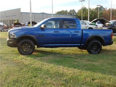2018 Ram 1500 Crew Cab 4x4, Pickup #D18110 - photo 23
