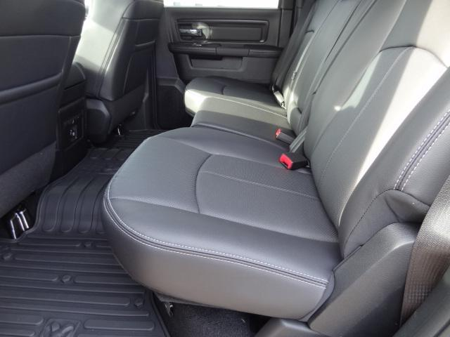 2018 Ram 1500 Crew Cab 4x4, Pickup #D18131 - photo 5