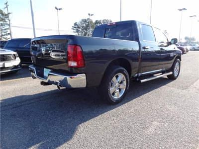 2018 Ram 1500 Crew Cab, Pickup #D18175 - photo 17